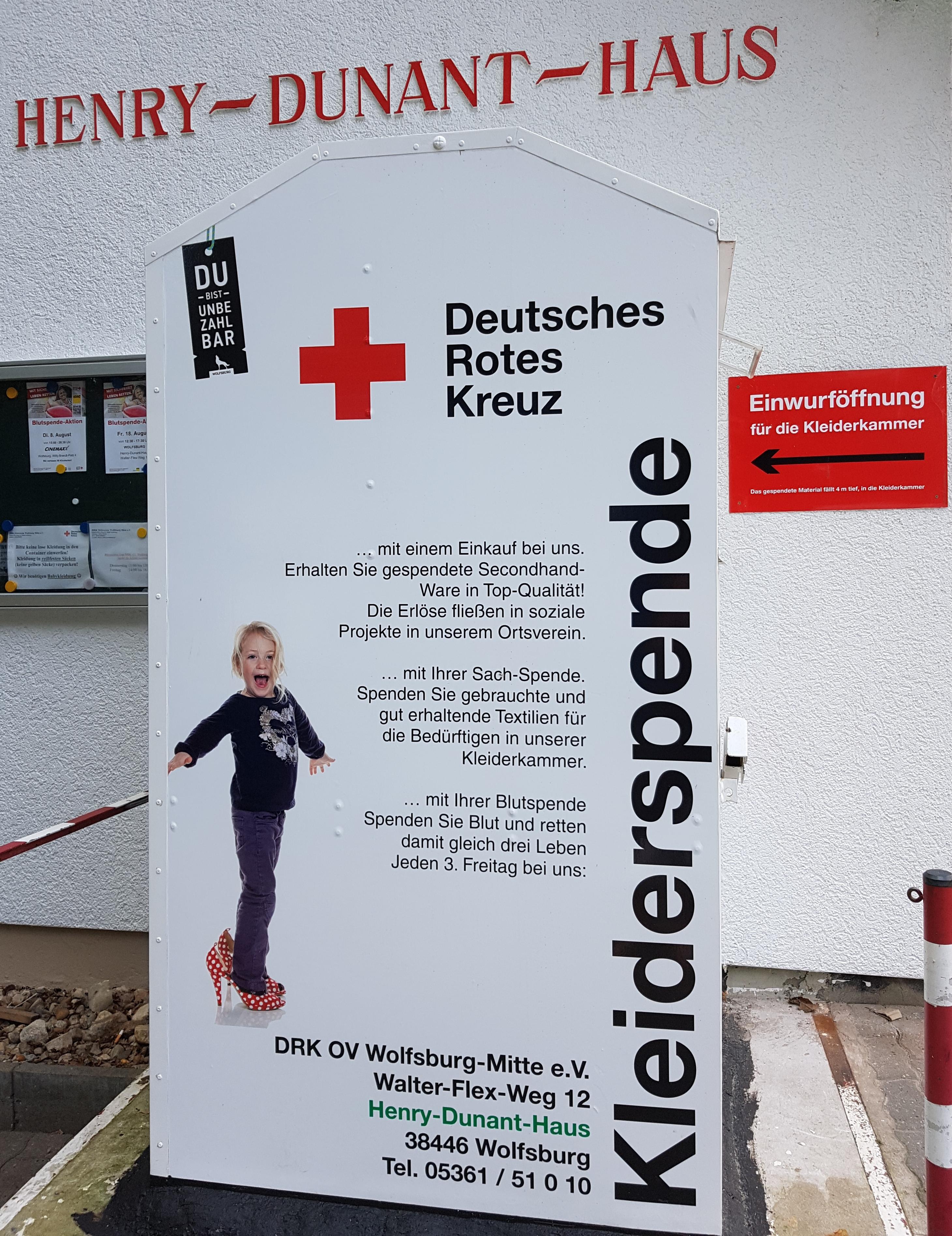 Kleider container berlin mitte